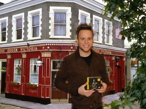 Olly Murs has asked Shane Richie to get him a role in EastEnders