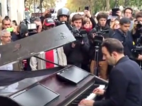 Pianist delivers moving rendition of John Lennon's Imagine at site of Paris terror attacks