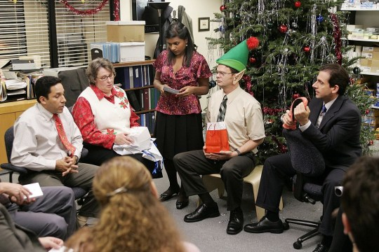 Christmas Party The Office.The Office Christmas Party 1 4 Of People Have Regrets Say Drink