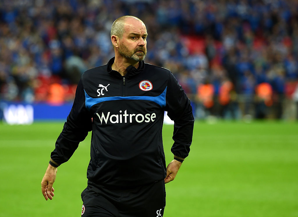Steve Clarke sacked by Reading two weeks after rejecting Fulham job