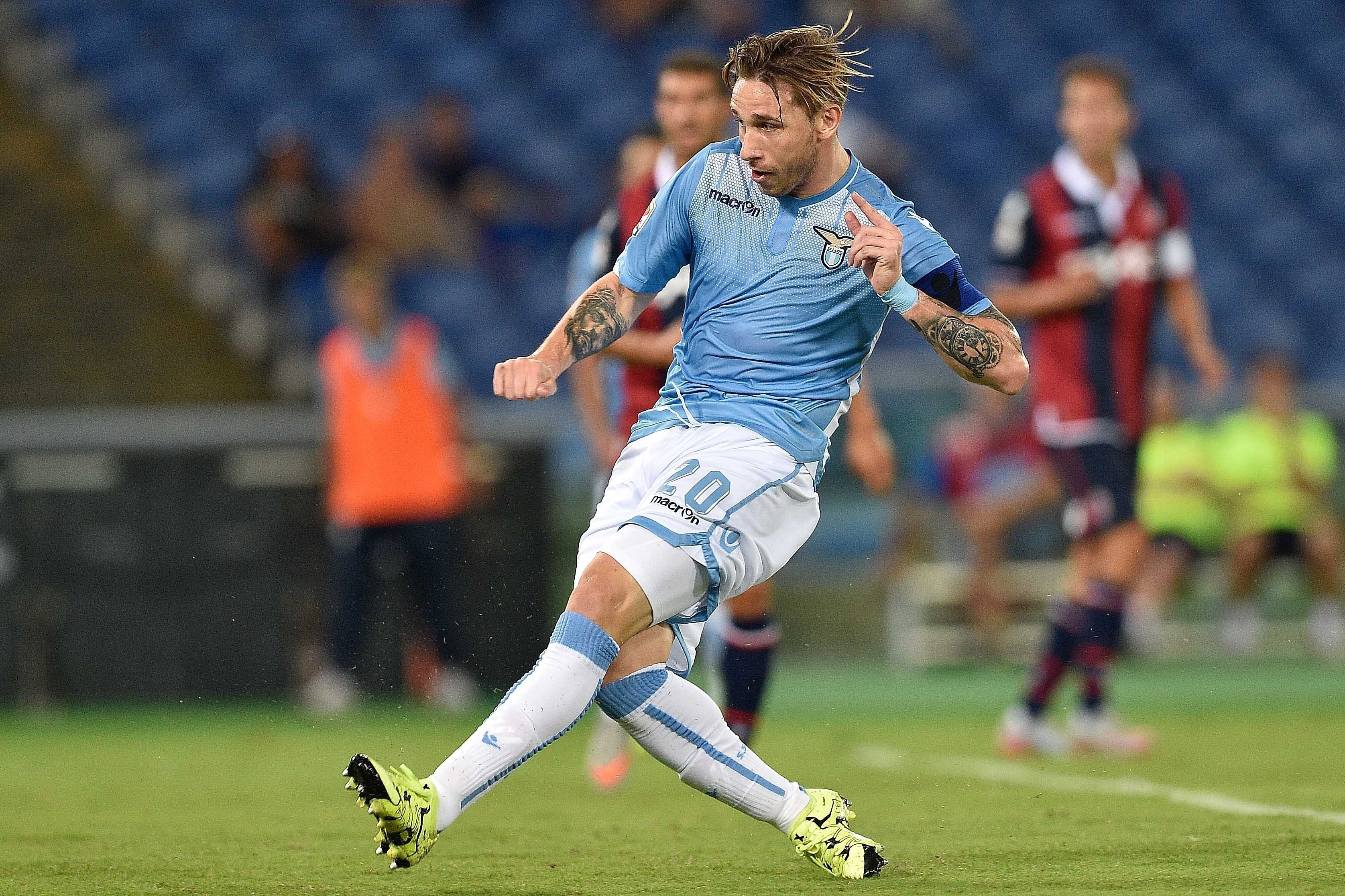 Jurgen Klopp factor sees Liverpool lead transfer race for Lazio's Lucas Biglia – report
