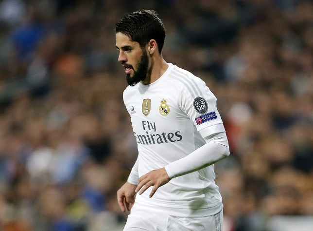 MADRID, SPAIN - DECEMBER 08: Isco of Real Madrid in action during the UEFA Champions League Group A match between Real Madrid and Malmo FF at Estadio Santiago Bernabeu on December 8, 2015 in Madrid, Spain. (Photo by Angel Martinez/Real Madrid via Getty Images)