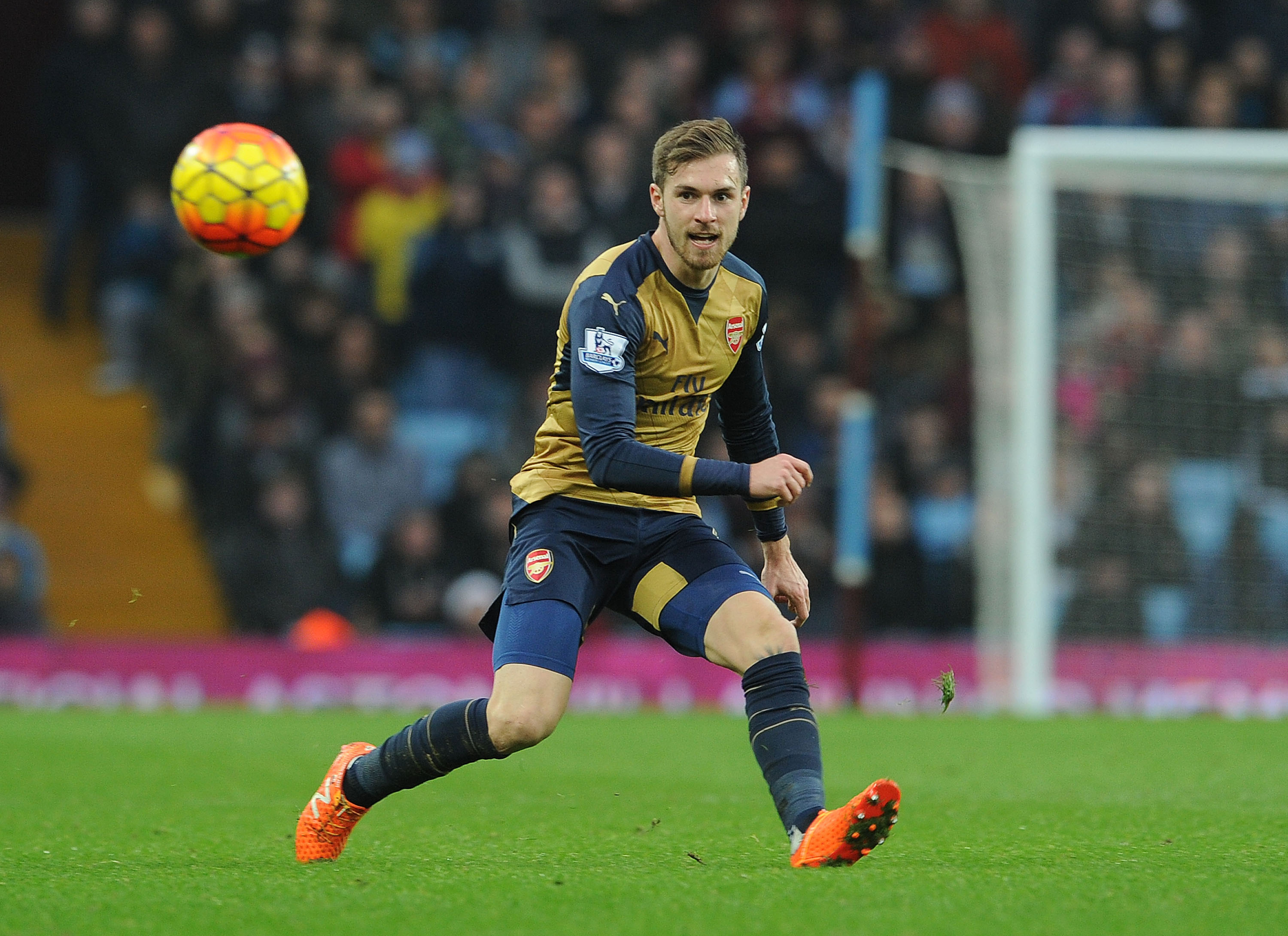 Arsenal's Aaron Ramsey can dominate Manchester City's Yaya Toure and prove he is the best midfielder in England