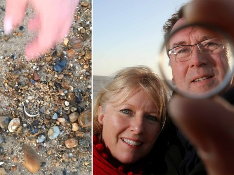Father loses wedding ring in Boxing Day swim, friend finds it on beach two days later