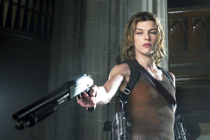 Resident Evil: Apocalypse (2004) Milla Jovovich