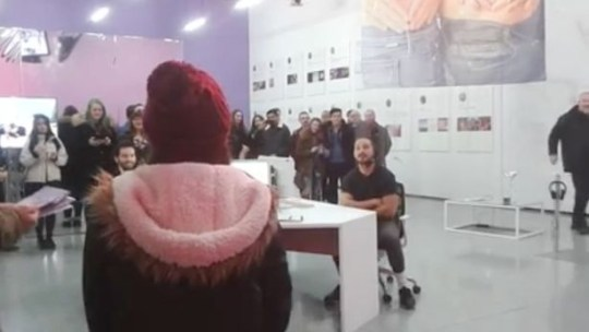 Girl-Sings-for-Shia-le-Bouef-at-exhibition
