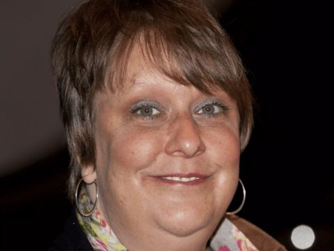 Someone foolishly tried to mug Kathy Burke and lost: 'F*** you small fry'