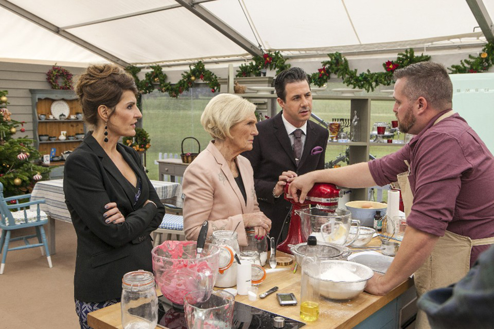 "THE GREAT HOLIDAY BAKING SHOW - It's a delicious addition to television this holiday season when ""The Great Holiday Baking Show"" premieres on ABC, MONDAY, NOVEMBER 30 (10:00 p.m. - 11:00 p.m., ET). (ABC/Michael Bourdillon) NIA VARDALOS, MARY BERRY, JOHNNY IUZZINI, TIM SAMSON"