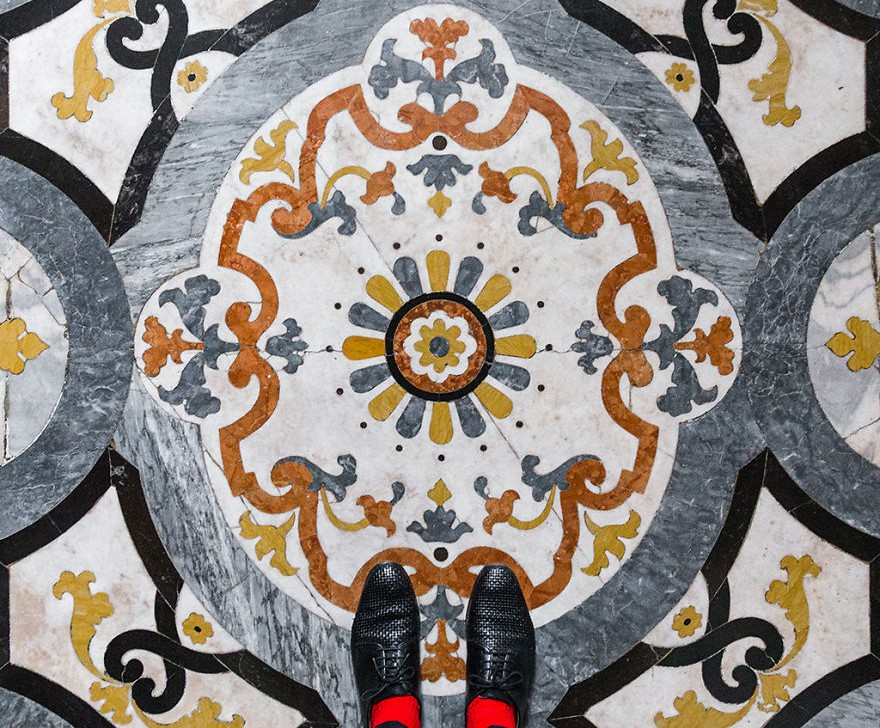 sebastaian erras photography goes to venice to take photos of fancy floors
