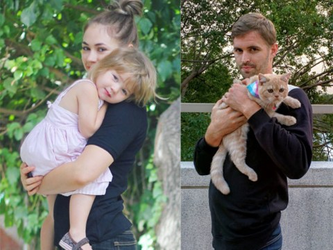 Single man teams up with a cat to brilliantly recreate his sister's baby photos