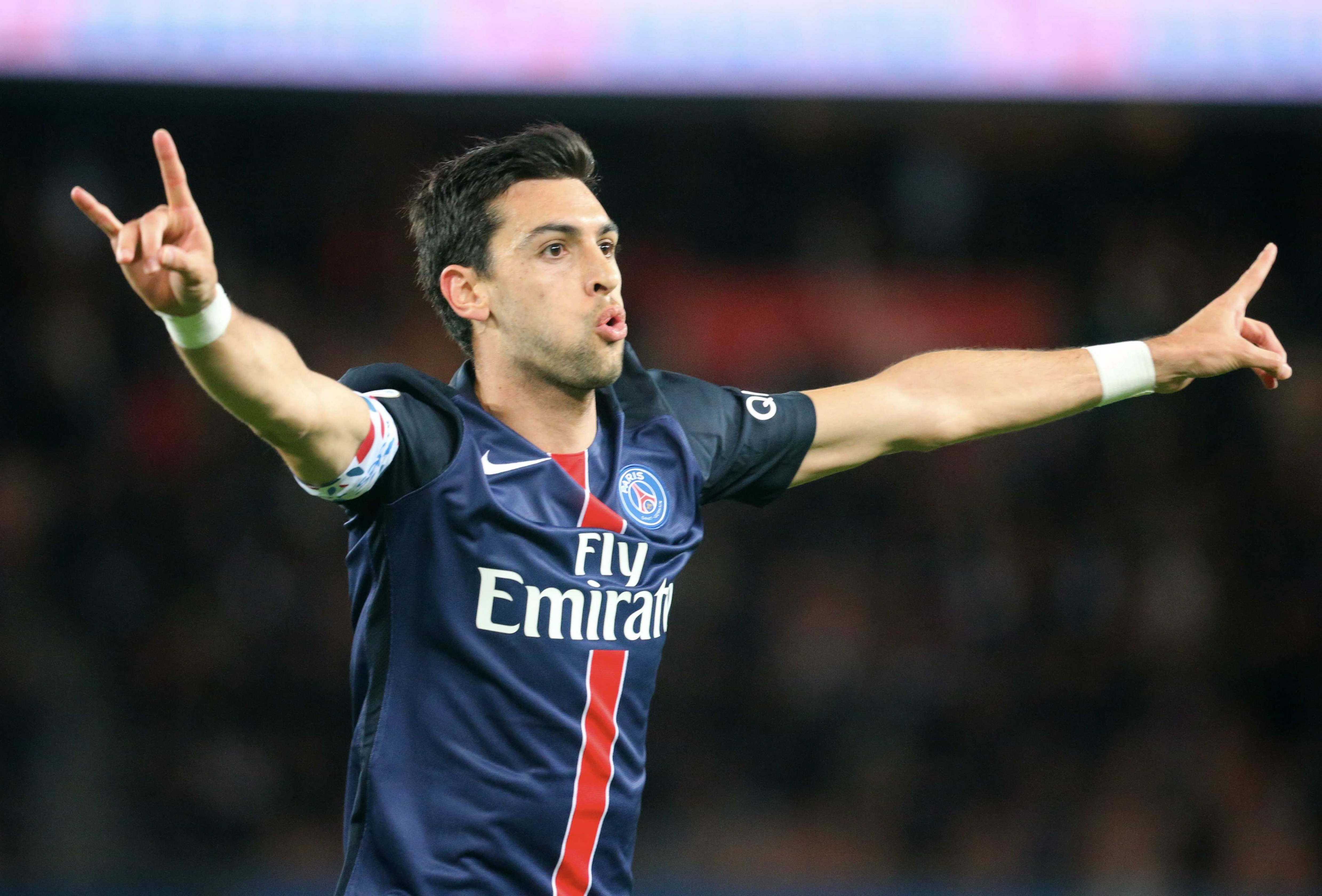 Chelsea interested in transfer of Paris Saint-Germain star Javier Pastore – report