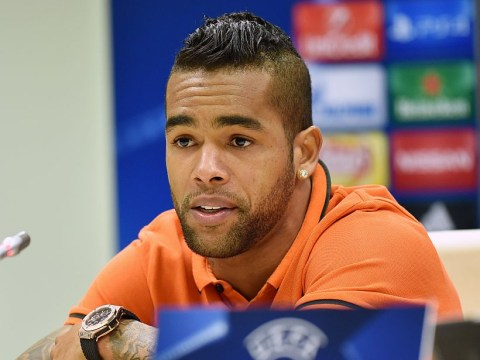 Liverpool prepared to increase Alex Teixeira transfer offer – report