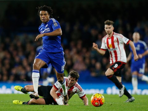 Chelsea must sell Loic Remy before signing new striker – report