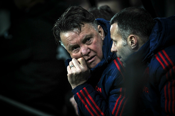 Louis van Gaal holding talks over Manchester United exit
