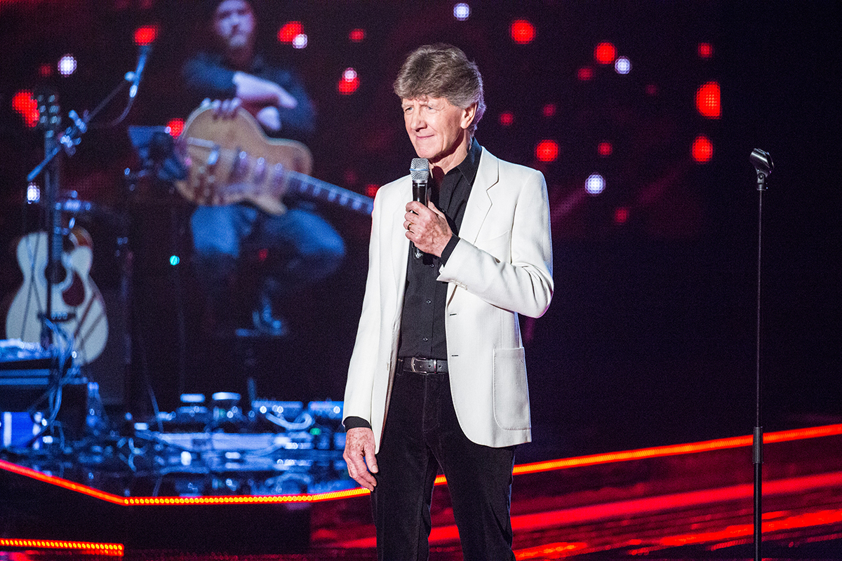 WARNING: Embargoed for publication until 00:00:01 on 09/02/2016 - Programme Name: The Voice - TX: 13/02/2016 - Episode: 6 (No. 6) - Picture Shows: THE VOICE - EPISODE 6 (WEEK 7) Mike Berry - (C) WALL TO WALL - Photographer: Guy Levy