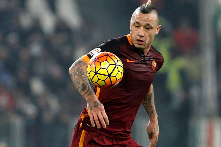 TURIN, ITALY - 2016/01/24: Romas Radja Nainggolan in action during the Italian Serie A football match between Juventus and Roma at Juventus Stadium. Juventus beats Roma in 1-0 score. (Photo by Isabella Bonotto/Pacific Press/LightRocket via Getty Images)