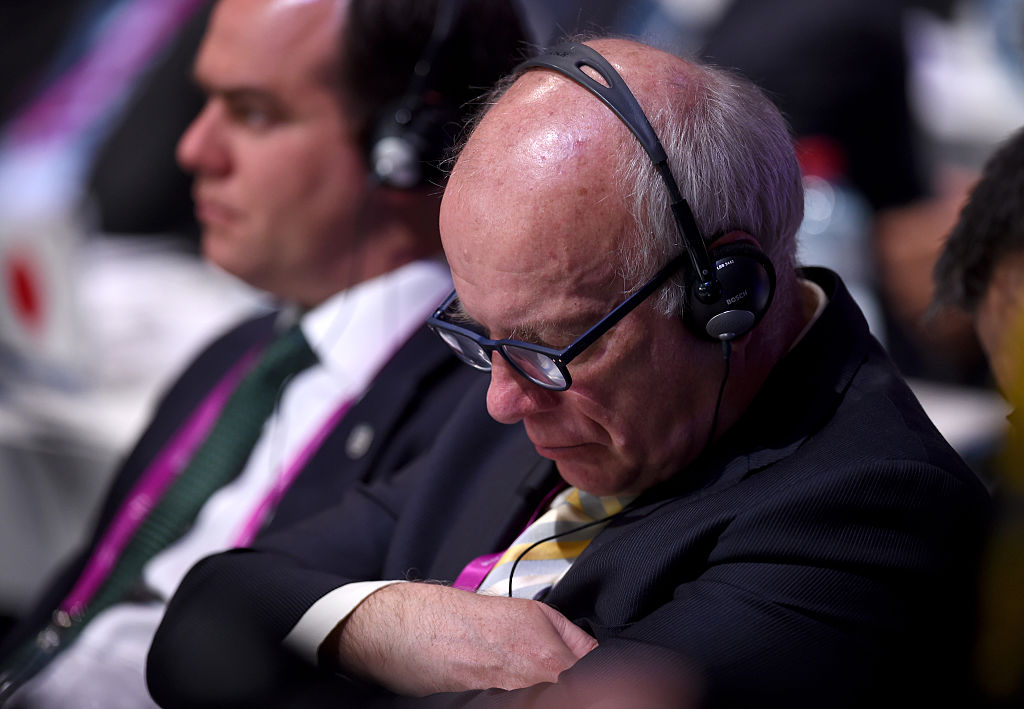 FA chairman Greg Dyke appears to fall asleep at Fifa presidential elections