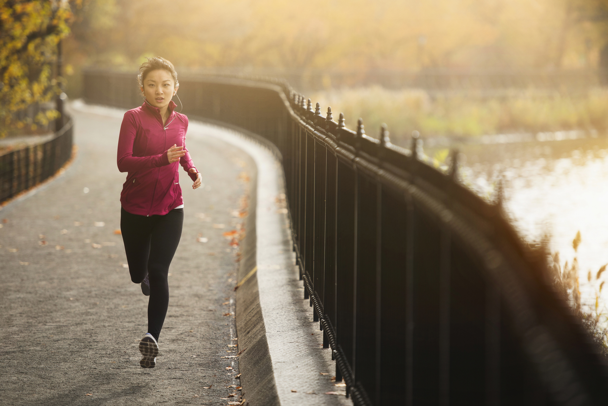 14 reasons why exercising outside is better than going to the gym