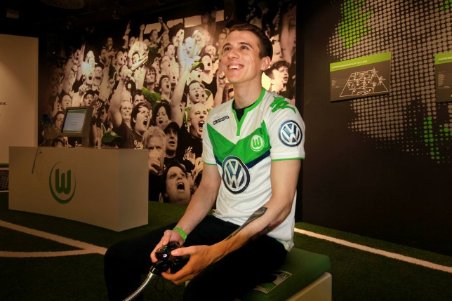 """Bloke hired by Wolfsburg to play FIFA professionaly Picture: avid """"DaveBtw"""" Bytheway/Facebook"""