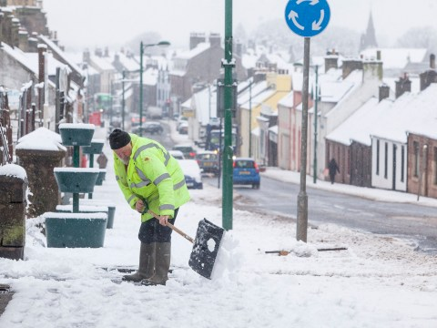 UK weather: Snow and ice warning for this morning's commute