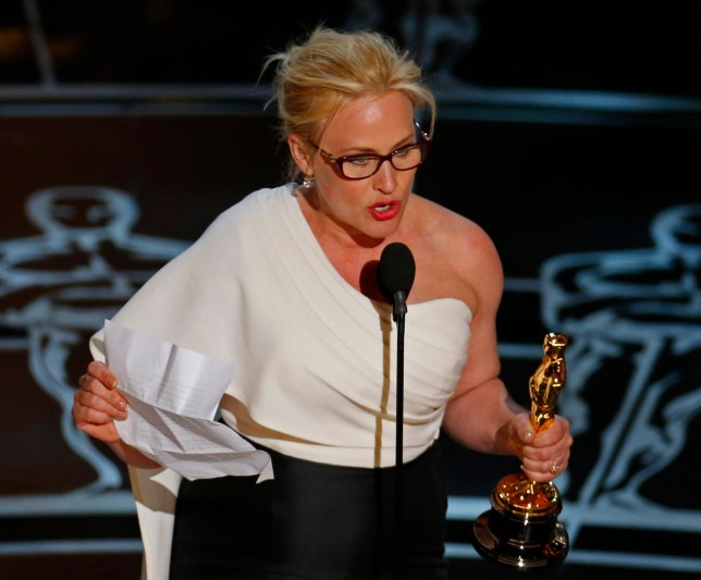 "Patricia Arquette claims she lost acting jobs because of her gender equality speech at the oscars. Patricia Arquette speaks after winning the Oscar for Best Supporting Actress for her role in ""Boyhood"" at the 87th Academy Awards in Hollywood, California February 22, 2015. REUTERS/Mike Blake (UNITED STATES TAGS:ENTERTAINMENT) (OSCARS-SHOW) - RTR4QOOK"
