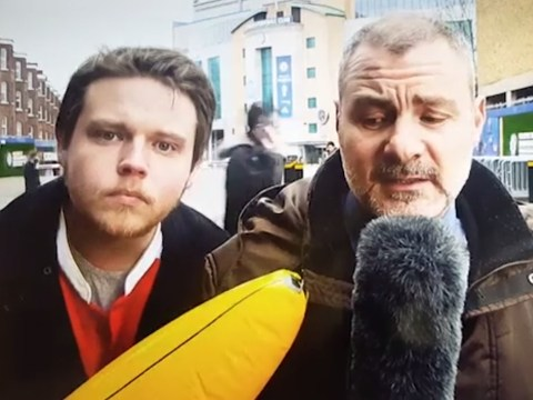 Italian reporter shows Sky Sports how to deal with annoying transfer deadline day fans