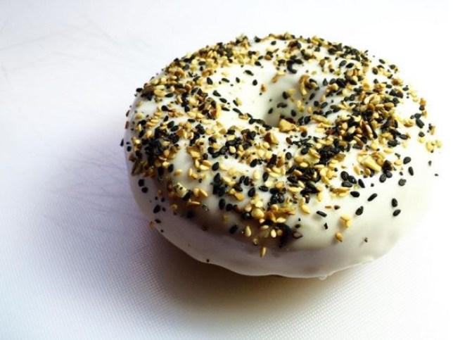 Doughnut bagel