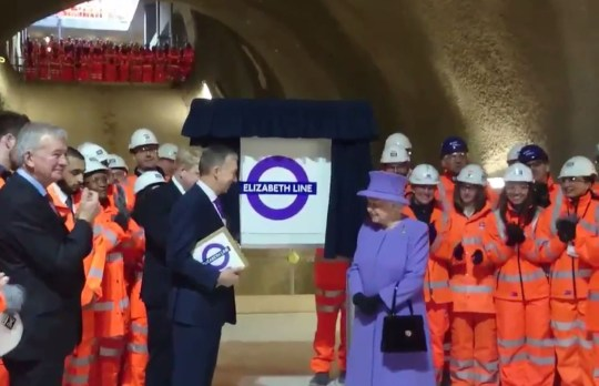 The Queen unveils a plaque marking @Crossrail 1's naming as the #Elizabethline, in Her Majesty's 90th year