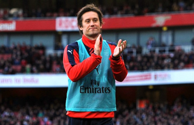 LONDON, ENGLAND - JANUARY 30: Tomas Rosicky applaude the Arsenal fans during the The Emirates FA Cup Fourth Round match between Arsenal and Burnley at Emirates Stadium on January 30, 2016 in London, England. (Photo by Stuart MacFarlane/Arsenal FC via Getty Images)