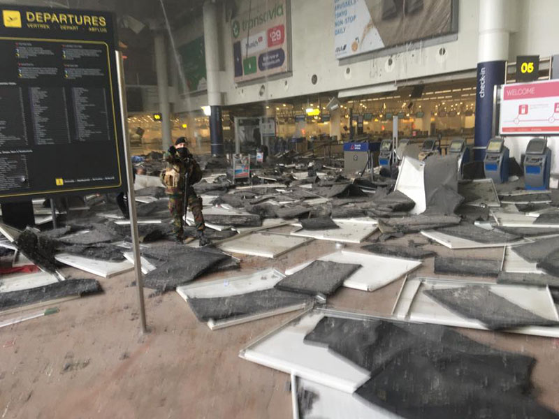 Brussels airport Zaventem explosion Credit: Jef Versele https://www.facebook.com/jef.versele/posts/10208020386360029