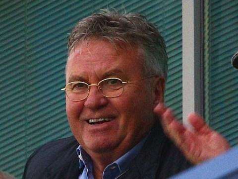 Roman Abramovich to offer Guus Hiddink a Chelsea advisory role