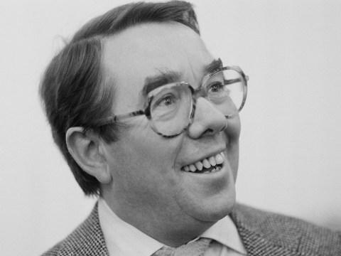 Ronnie Corbett's friends call for public memorial service to celebrate life of the comedy icon