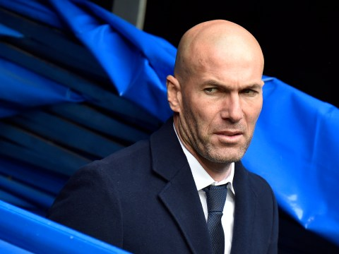 Zinedine Zidane does not want to let Cristiano Ronaldo seal a transfer from Real Madrid to Manchester United