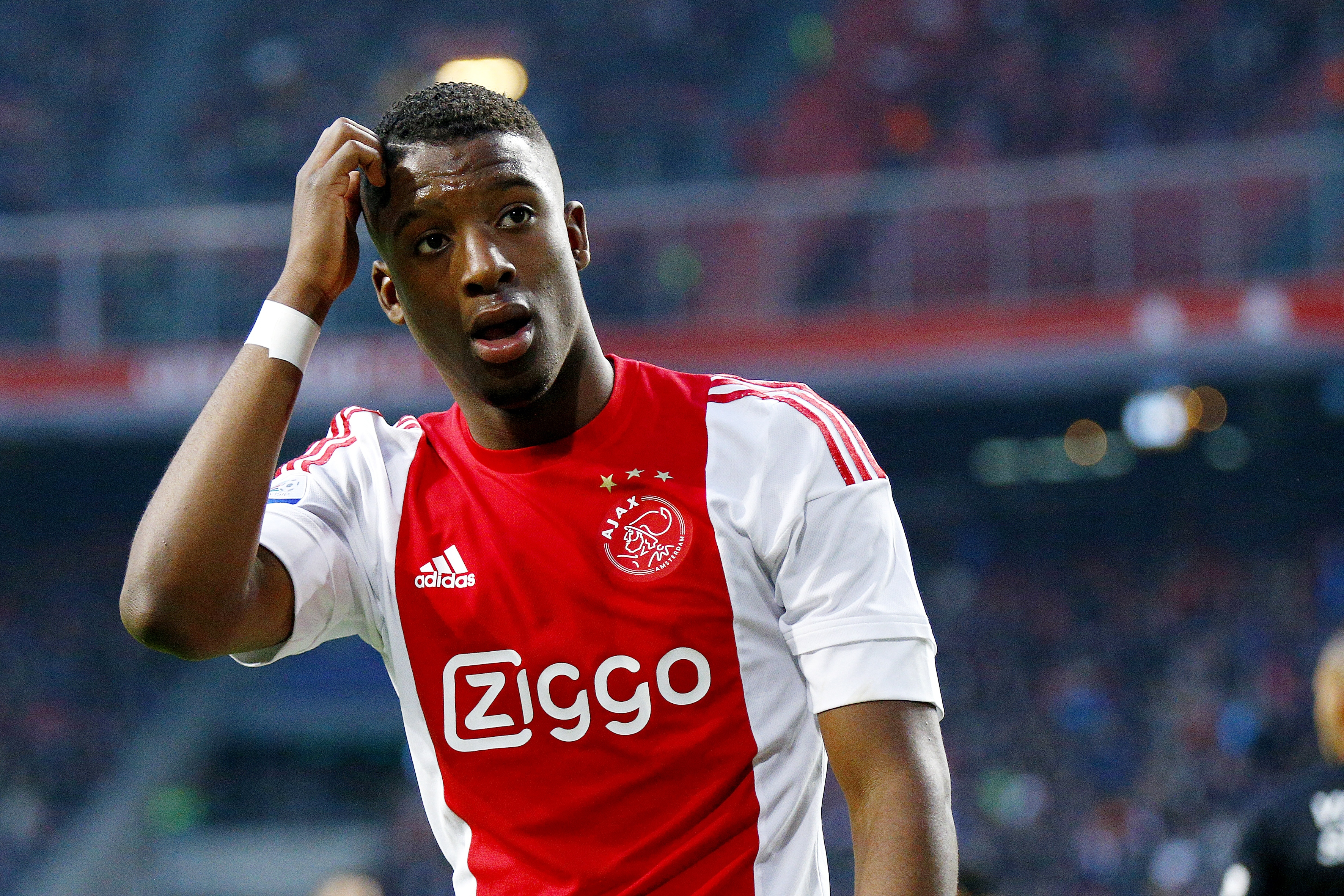 Manchester United launch transfer offer for Riechedly Bazoer