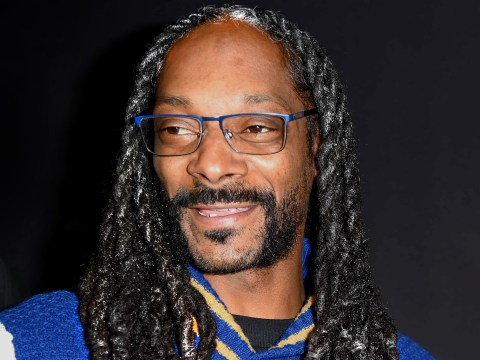 Snoop Dogg looks distinguished AF with grey hair