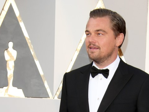 Girl scouts are using Leonardo DiCaprio at the Oscars to sell their cookies