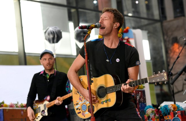 """TODAY -- Pictured: Chris Martin of Coldplay performs on the """"Today"""" show on Monday, March 14, 2016 from Rockefeller Plaza in New York -- (Photo by: Peter Kramer/NBC/NBC NewsWire via Getty Images)"""