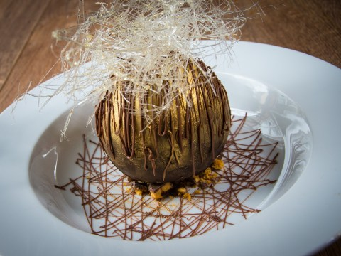 Easter recipe: Chocolate peanut butter ball with salted caramel