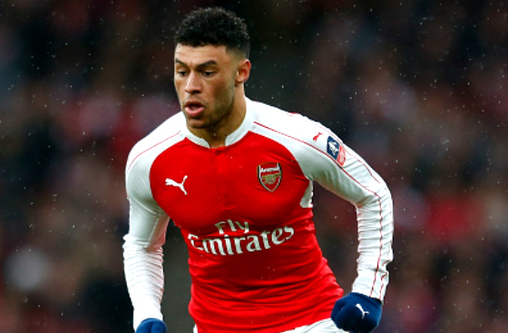 Liverpool clear to sign Alex Oxlade-Chamberlain as he wants Arsenal exit
