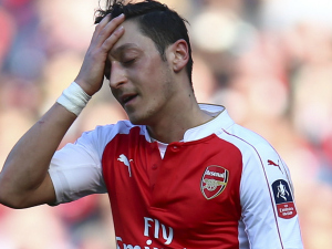 Arsenal fans tell Mesut Ozil to go as he's too good after Watford defeat