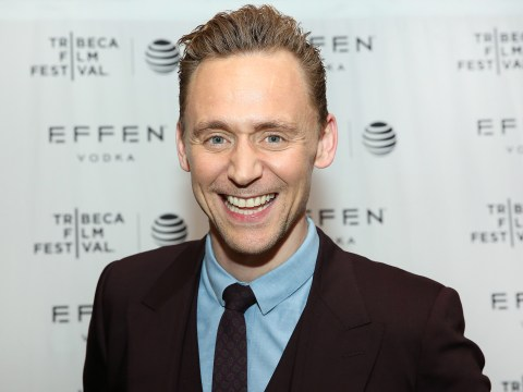 Has Tom Hiddleston embraced men's make-up for Tribeca's red carpet?