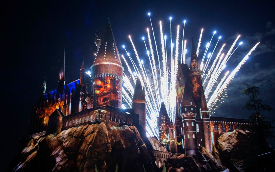 "(160406) -- LOS ANGELES, April 6, 2016 (Xinhua) -- Lights and fireworks are seen during the opening of ""the Wizarding World of Harry Potter"" at the Hogwarts castle of the Universal Studios in Hollywood of Los Angeles, the United States, April 5, 2016. (Xinhua/Yang Lei) (cl) PHOTOGRAPH BY Xinhua / Barcroft Media UK Office, London. T +44 845 370 2233 W www.barcroftmedia.com USA Office, New York City. T +1 212 796 2458 W www.barcroftusa.com Indian Office, Delhi. T +91 11 4053 2429 W www.barcroftindia.com"
