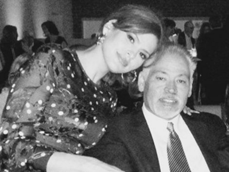 Eva Mendes' older brother has died from cancer