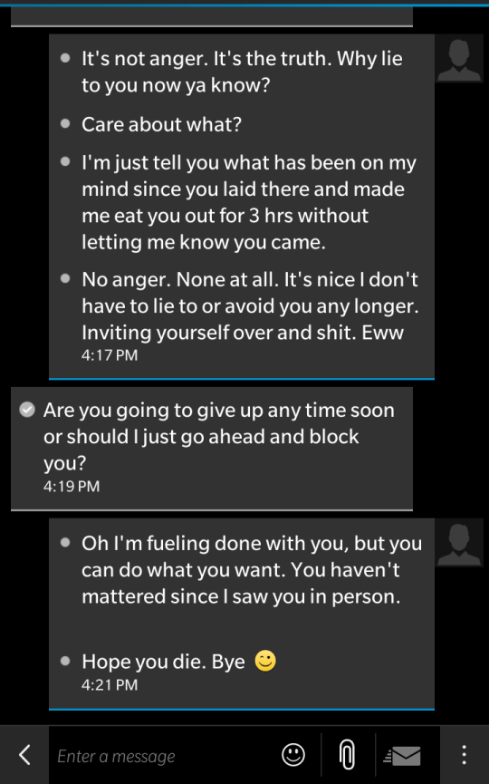 Nice guy' goes absolutely crazy over text after girl ends things