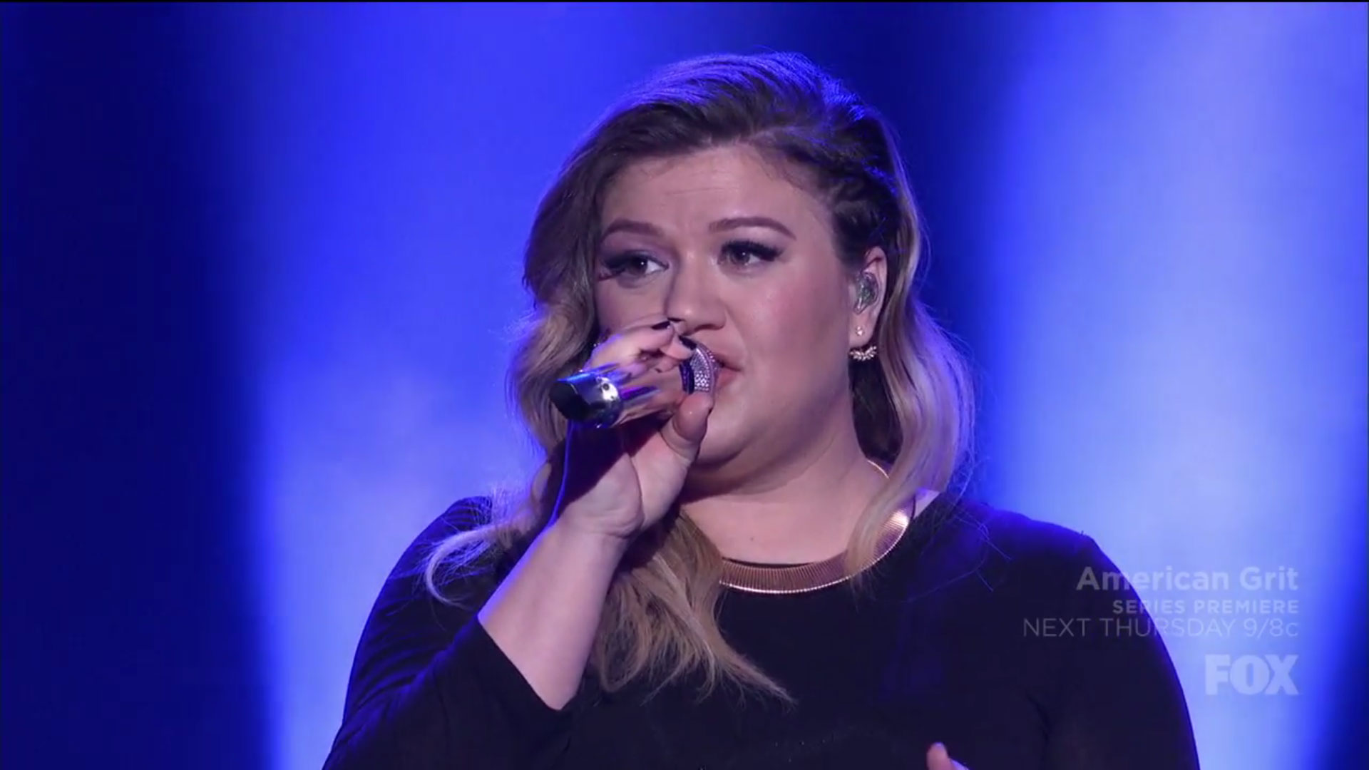 WATCH: Queen Kelly Clarkson sang an amazing medley of 20 hits in just five minutes on American Idol