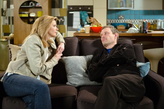 FROM ITV STRICT EMBARGO - No Use Before Tuesday 31 May 2016 Coronation Street - 8920 Monday 6 June 2016 - 1st Ep Leanne Tilsley [JANE DANSON] calls at Nick Tilsley's [BEN PRICE] flat and is horrified at his dishevelled state. She vows to help him win back the bistro from Robert. Picture contact: david.crook@itv.com on 0161 952 6214 Photographer - Mark Bruce This photograph is (C) ITV Plc and can only be reproduced for editorial purposes directly in connection with the programme or event mentioned above, or ITV plc. Once made available by ITV plc Picture Desk, this photograph can be reproduced once only up until the transmission [TX] date and no reproduction fee will be charged. Any subsequent usage may incur a fee. This photograph must not be manipulated [excluding basic cropping] in a manner which alters the visual appearance of the person photographed deemed detrimental or inappropriate by ITV plc Picture Desk. This photograph must not be syndicated to any other company, publication or website, or permanently archived, without the express written permission of ITV Plc Picture Desk. Full Terms and conditions are available on the website www.itvpictures.com