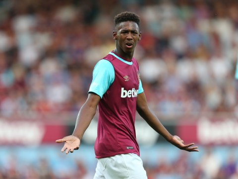 Manchester United transfer target Reece Oxford demands £40,000-a-week to stay at West Ham