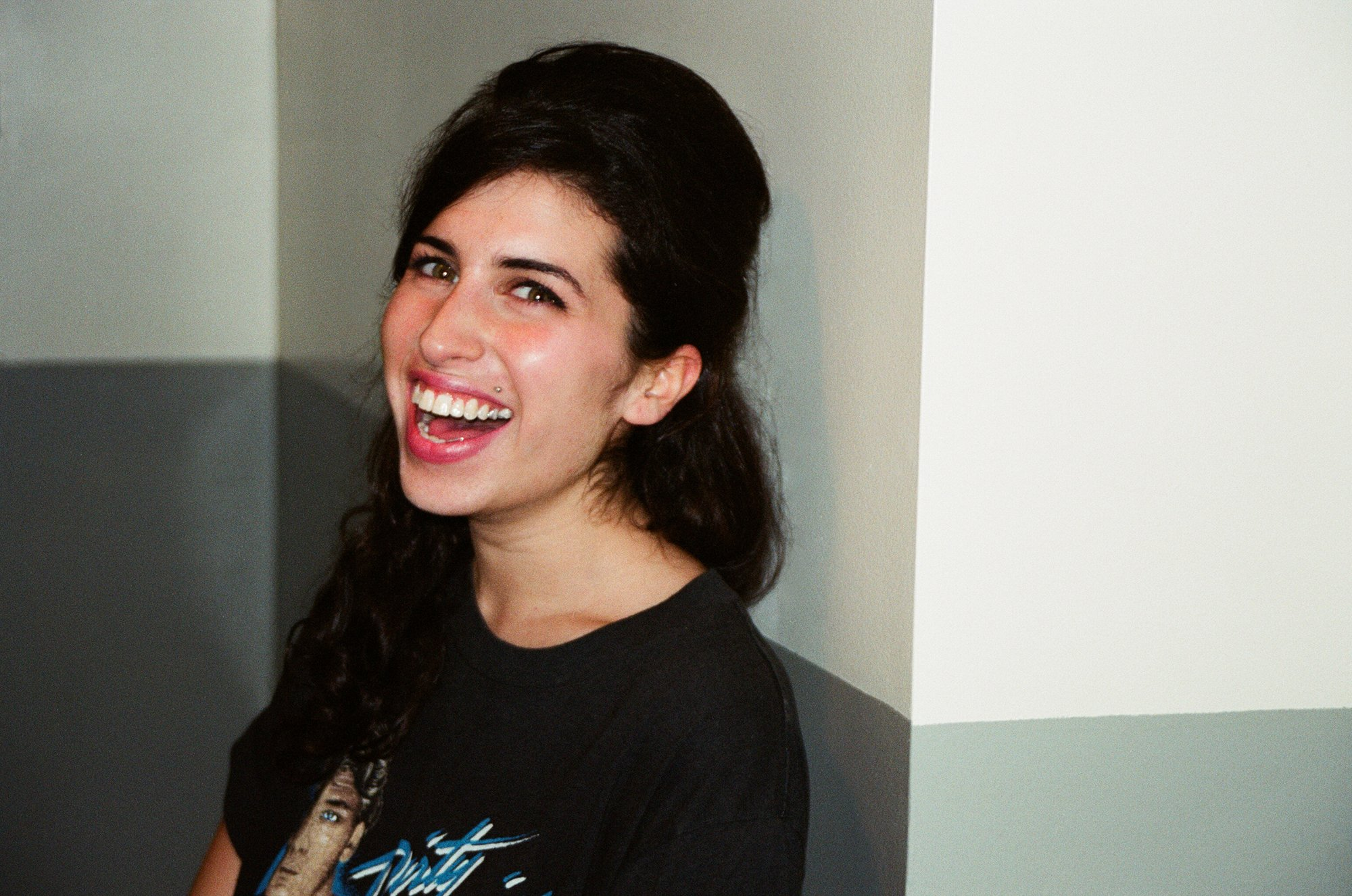 These pictures of Amy Winehouse taken before her first album was released are beautiful