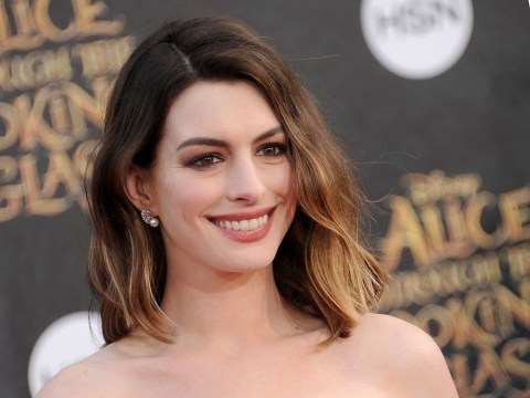 Anne Hathaway and Kim Kardashian are bosom buddies after that Twitter shade
