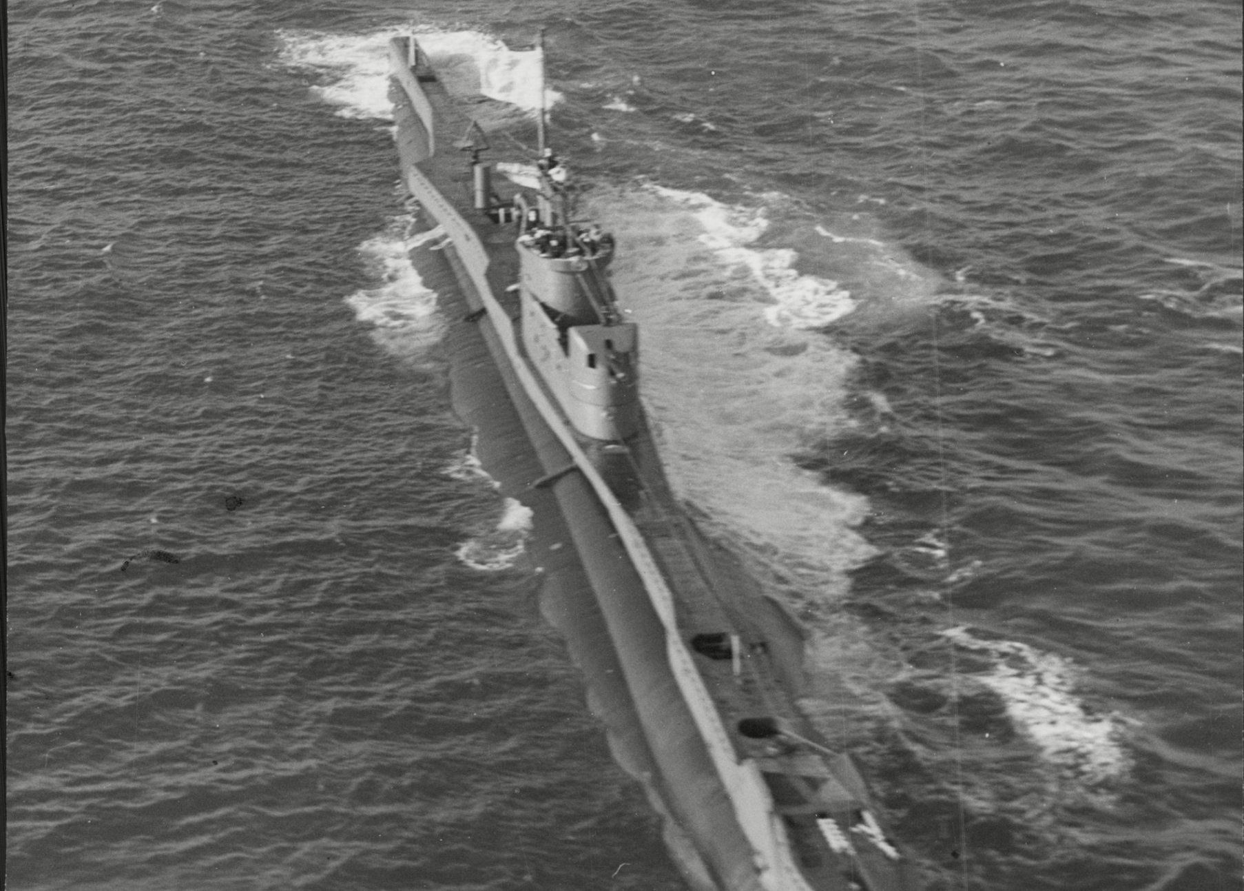 Mandatory Credit: Photo by ANL/REX/Shutterstock (2586560a)nHms Trespasser Royal Navy T Class Submarine Seen During Search For Hms Affray Hms Trespasser Was A British Submarine Of The Third Group Of The T Class. She Was Built As P312 By Vickers Armstrong Barrow And Launched On 29 May 1942. So Far She Has Been The Only Ship Of The Royal Navy To Bear The Name Trespasser. She Was One Of Only Two T-class Submarines Completed Without An Oerlikon 20 Mm Anti-aircraft Gun The Other Being Hms P311.nHms Trespasser Royal Navy T Class Submarine Seen During Search For Hms Affray Hms Trespasser Was A British Submarine Of The Third Group Of The T Class. She Was Built As P312 By Vickers Armstrong Barrow And Launched On 29 May 1942. So Far She Has Beennn